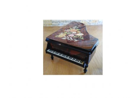 Italian Inlaid Musical Grand Piano  PN/18 Walnut Floral